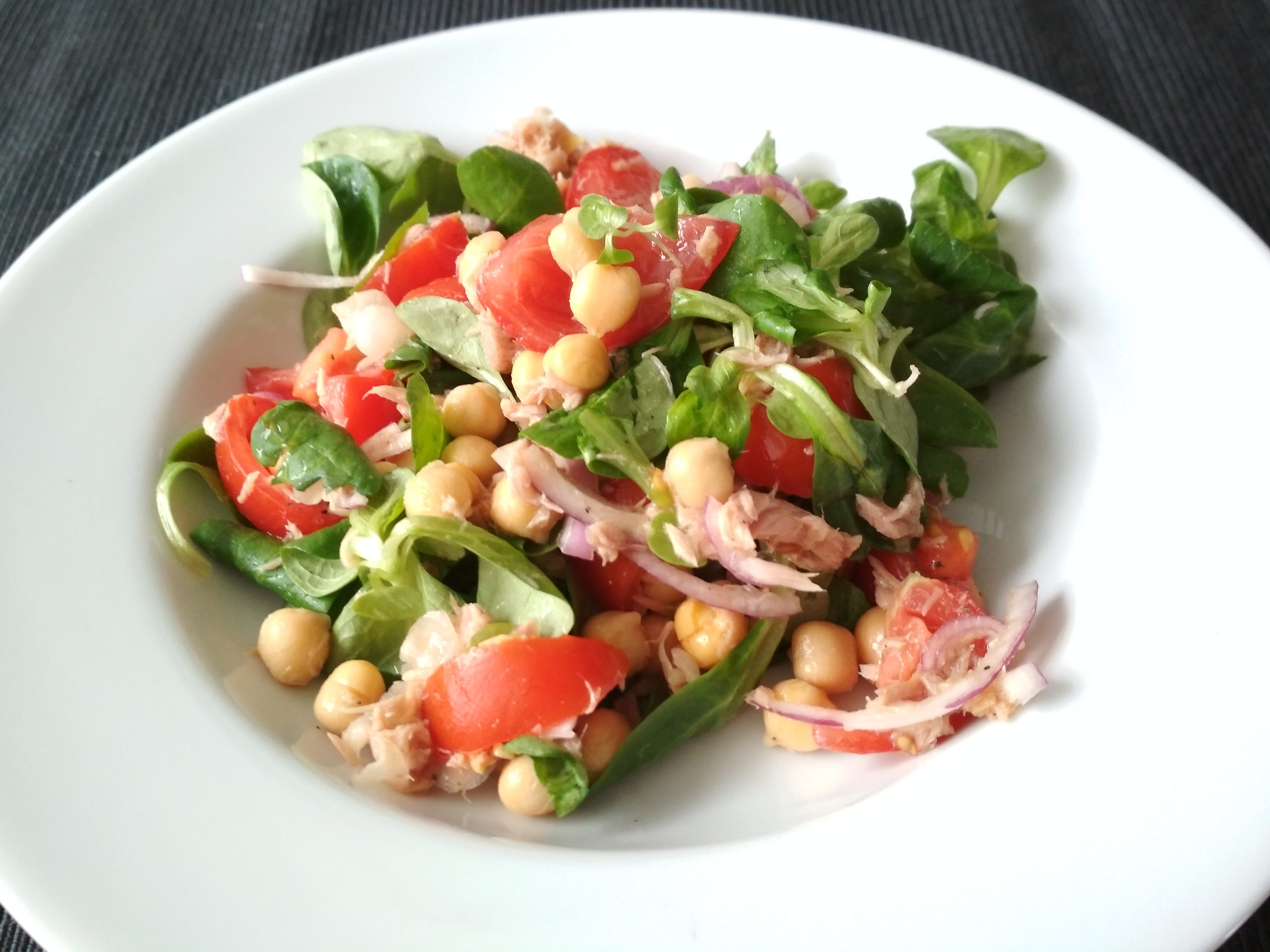 Gluten-free chickpea tuna salad